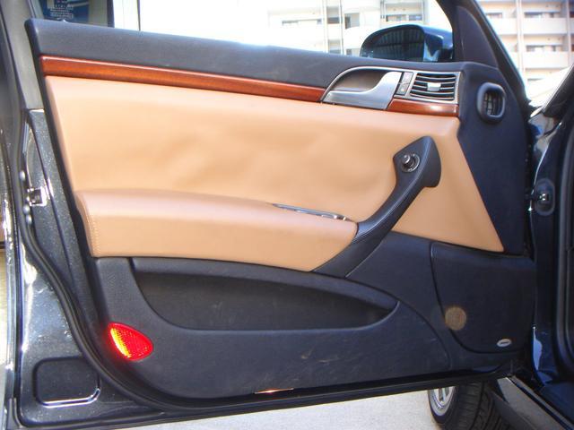 「ランチア」「ランチア テージス」「セダン」「千葉県」の中古車40