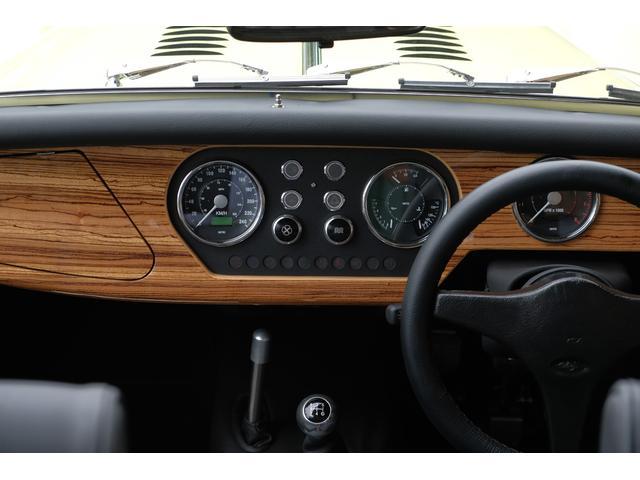 「その他」「モーガン 4/4」「オープンカー」「東京都」の中古車12