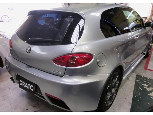 アルファロメオ アルファ147 GTA 3.2 V6 6速マニュアル 車高調整サスペンション