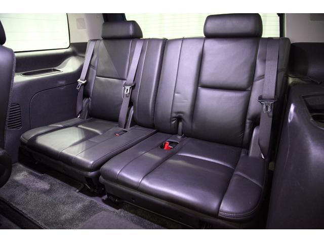 キャデラック キャデラック エスカレード AWD STRUTグリル ASANTI26インチ 新車並行車