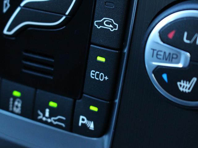 ボルボ ボルボ V40 D4 SE メーカーオプション装備