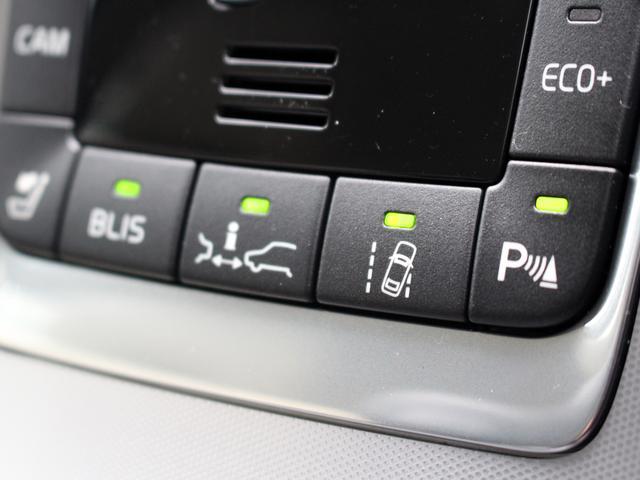 ボルボ ボルボ V60 -2017年モデル- T3 SE 本革パッケージ