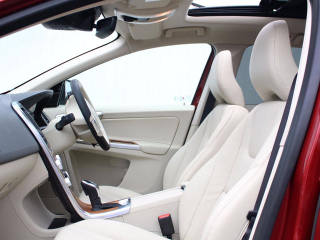 ボルボ ボルボ XC60 -2017モデル-T5 AWD クラシック