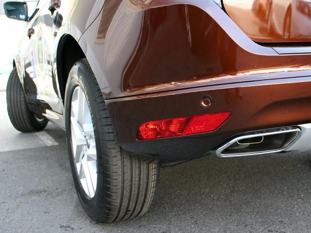 ボルボ ボルボ XC60 D4 クラシック 登録済未使用車  ベージュ革 サンルーフ