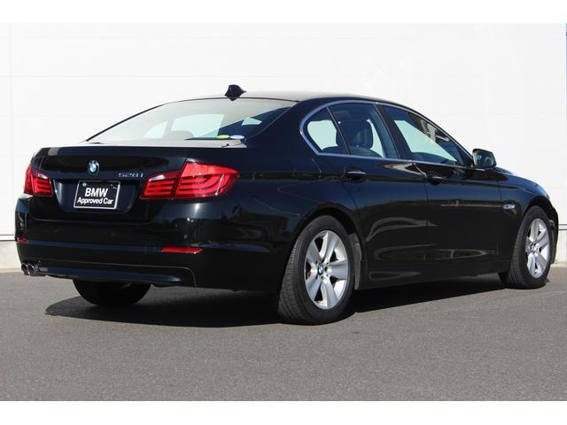 BMW BMW 528i ブラックレザー