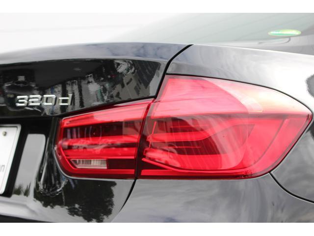 BMW BMW 320d Mスポーツ 19インチアロイ