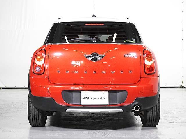 クーパーD クロスオーバー オール4 1年保証 CD ETC アームレスト フロントガラス熱線 オートライト オートワイパー ブラックリフレクターキセノン 16AW 禁煙 認定中古車(7枚目)