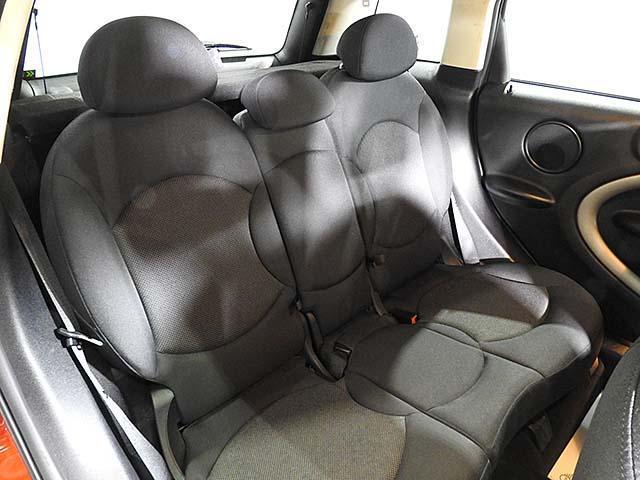 クーパーD クロスオーバー オール4 1年保証 CD ETC アームレスト フロントガラス熱線 オートライト オートワイパー ブラックリフレクターキセノン 16AW 禁煙 認定中古車(22枚目)