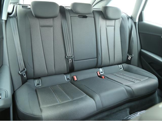 アウディ アウディ A4アバント 2.0TFSI LEDライティングパッケージ 認定中古車