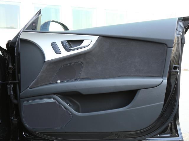 アウディ アウディ A7スポーツバック 2.0TFSIクワトロ マトリクスLEDライト認定中古車