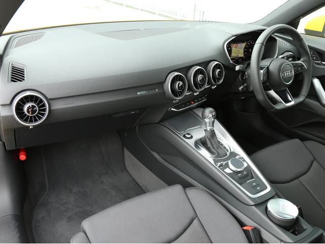 アウディ アウディ TTクーペ 2.0TFSI アシスタンスパッケージ 認定中古車