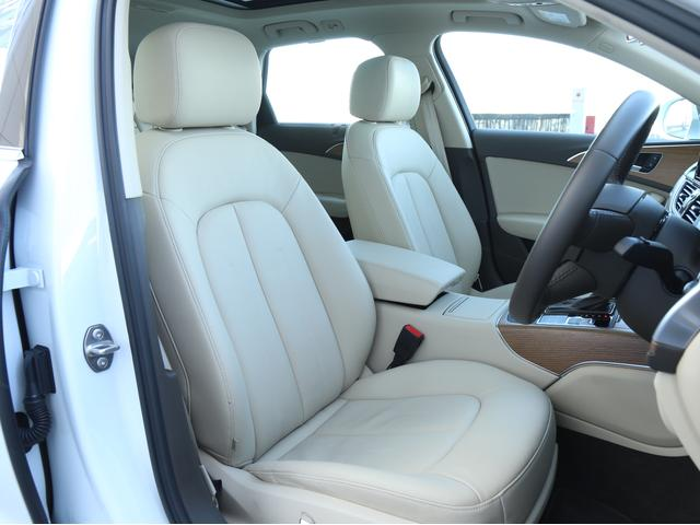 アウディ アウディ A6アバント 2.0TFSIクワトロマトリクスLED・プレセンス認定中古車