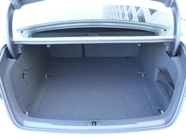 アウディ アウディ A6 1.8TFSI マトリクスLEDライトパッケージ 認定中古車