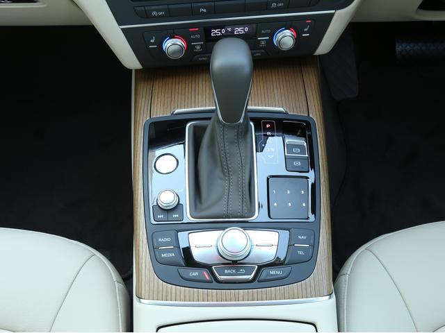 アウディ アウディ A6アバント 2.0TFSIクワトロ マトリクスLEDライト 認定中古車