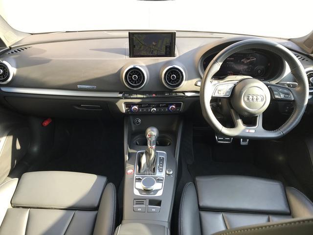ベースグレード アウディドライブセレクト オールウェザーライト リヤビューカメラ アドバンストキーシステム ストレージパッケージ Audiバーチャルコックピット MMIナビゲーションシステム シートヒーター(9枚目)