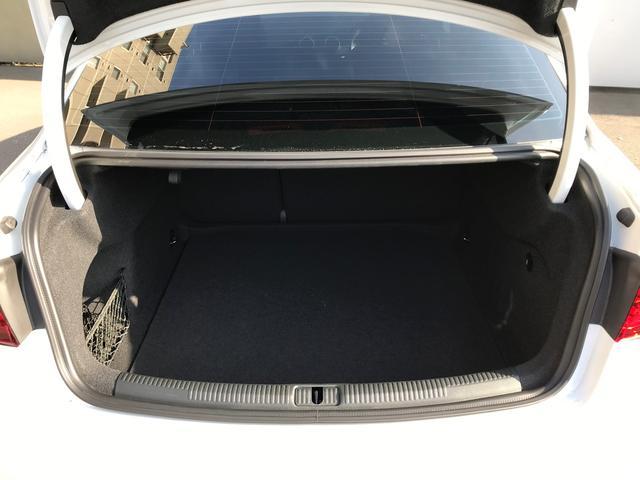 ベースグレード アウディドライブセレクト オールウェザーライト リヤビューカメラ アドバンストキーシステム ストレージパッケージ Audiバーチャルコックピット MMIナビゲーションシステム シートヒーター(13枚目)