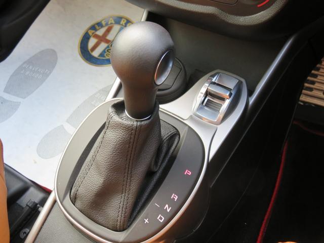 アルファロメオ アルファロメオ ミト スーパー 弊社デモカー 2DINナビ 新車保証継承