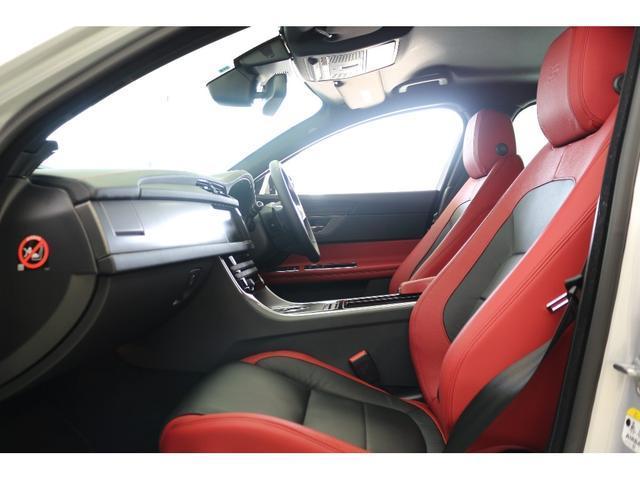 ジャガー ジャガー XF S レッド&ブラックレザー 19AW 弊社デモカー