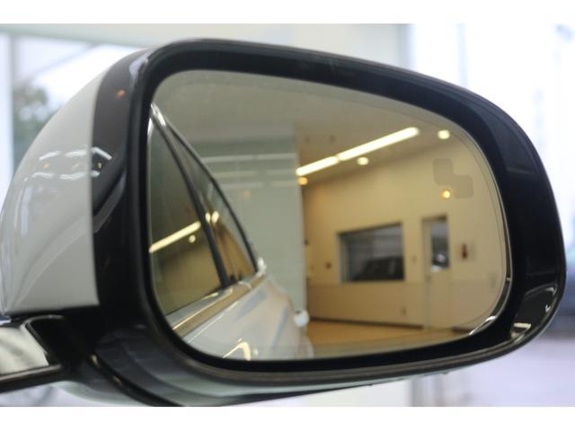 ジャガー ジャガー XF ピュア 17yモデル ブラックレザー 弊社デモカー