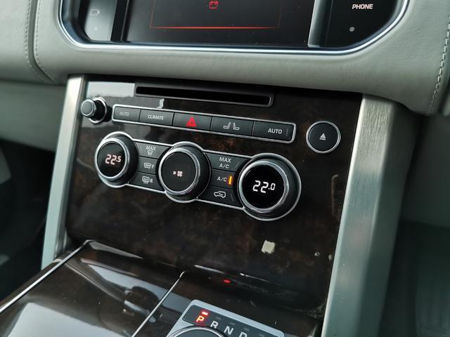 オートバイオグラフィー 4WD サンルーフ エアサスペンション認定中古車(13枚目)