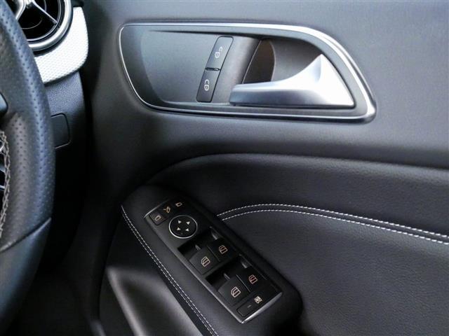 B180 レーダーセーフティパッケージ 4年保証 新車保証(15枚目)