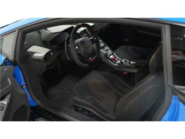 パドルシフトを使用する度、スポーツカーを操る楽しみを味わえます。