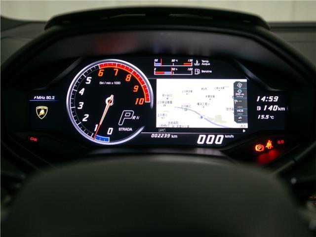 走行距離2239km。2021年1月まで車検及び保証が付いておりますので、ご安心してお乗り頂けます。