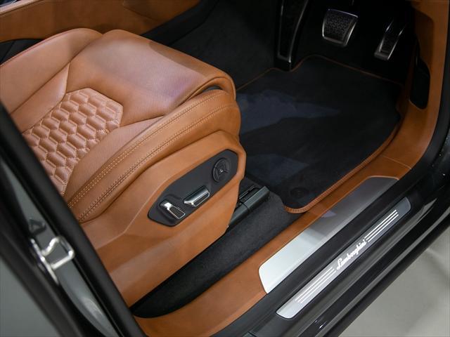 「ランボルギーニ」「ランボルギーニ ウルス」「SUV・クロカン」「東京都」の中古車8