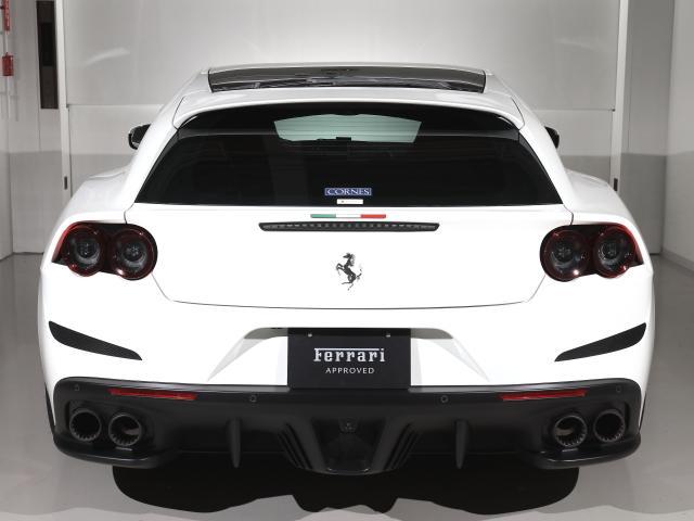 T  Ferrari認定中古車パノラマルーフ(4枚目)