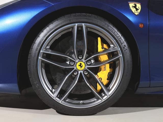 F1 DCT CORNES芝 認定中古車 レーシングシート(9枚目)