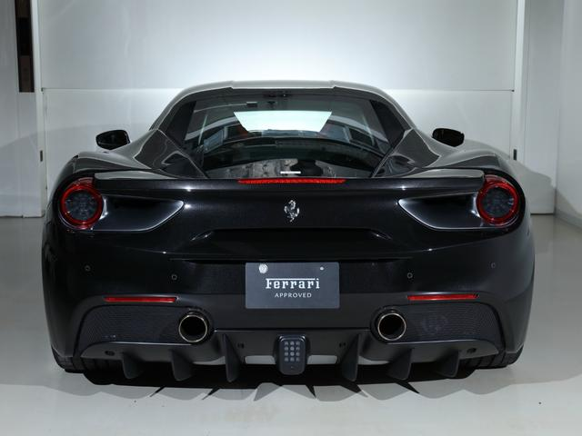 F1(4枚目)