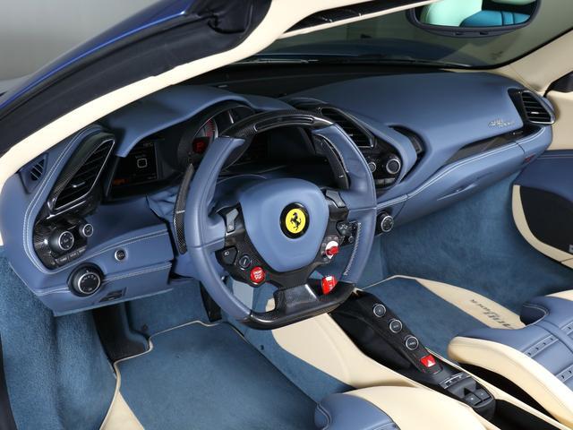 「フェラーリ」「フェラーリ 488スパイダー」「オープンカー」「東京都」の中古車6