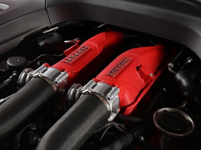 「フェラーリ」「フェラーリ GTC4ルッソ」「クーペ」「東京都」の中古車19