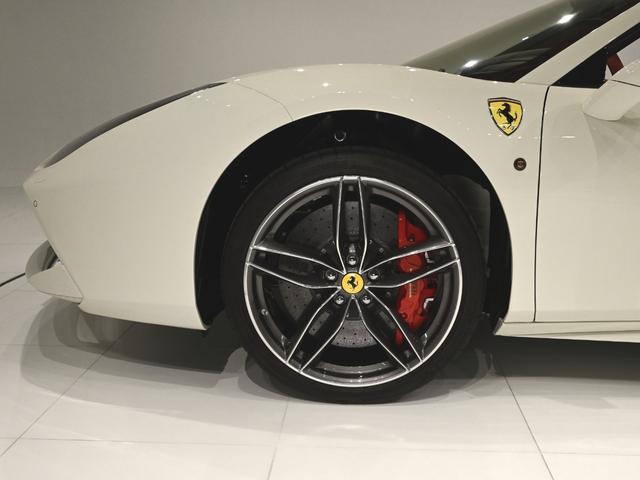 「フェラーリ」「488スパイダー」「オープンカー」「東京都」の中古車17