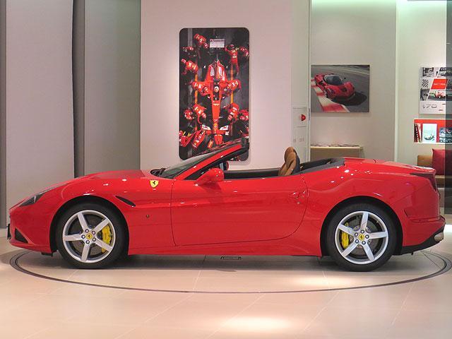 フェラーリ フェラーリ カリフォルニアT ベースグレード