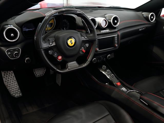F1 DCT CORNES認定中古車(9枚目)