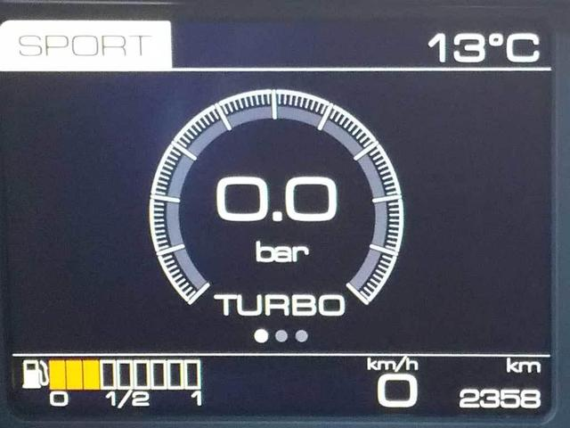 CORNES名古屋認定中古車 アップルカープレイ(7枚目)