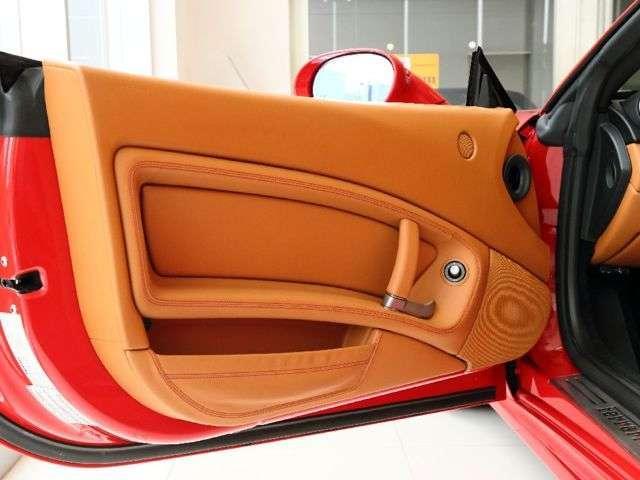 「フェラーリ」「フェラーリ カリフォルニア」「オープンカー」「大阪府」の中古車13