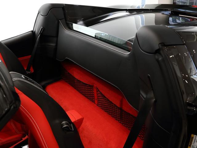 「フェラーリ」「フェラーリ 488スパイダー」「オープンカー」「大阪府」の中古車14