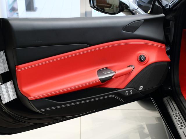 「フェラーリ」「フェラーリ 488スパイダー」「オープンカー」「大阪府」の中古車15