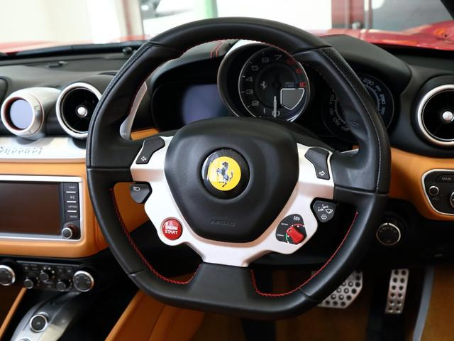 「フェラーリ」「フェラーリ カリフォルニアT」「オープンカー」「大阪府」の中古車9