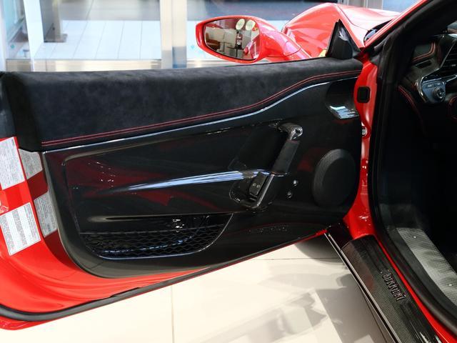「フェラーリ」「フェラーリ 458スペチアーレ」「クーペ」「大阪府」の中古車12