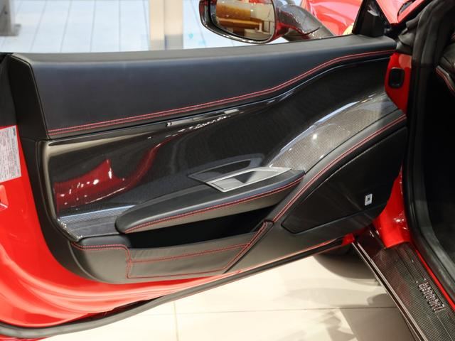 「フェラーリ」「フェラーリ 458スパイダー」「オープンカー」「大阪府」の中古車13