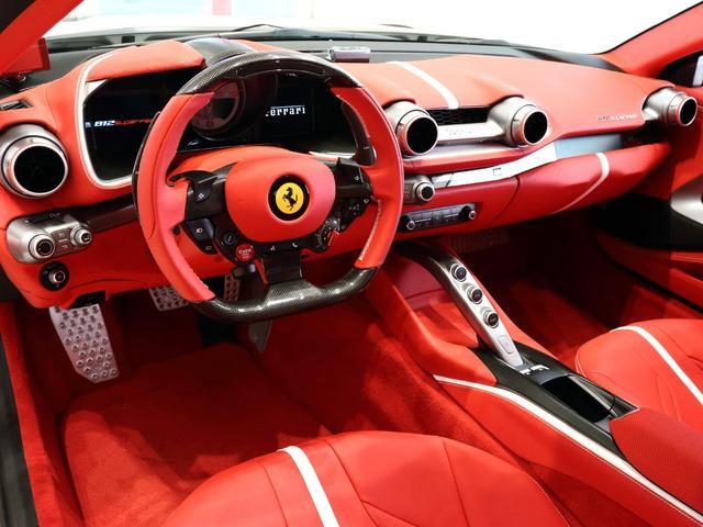 「フェラーリ」「フェラーリ 812スーパーファスト」「クーペ」「大阪府」の中古車8