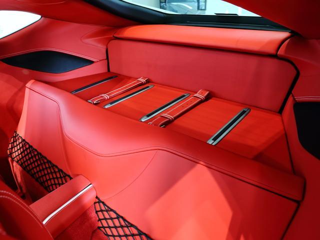 「フェラーリ」「フェラーリ 812スーパーファスト」「クーペ」「大阪府」の中古車11