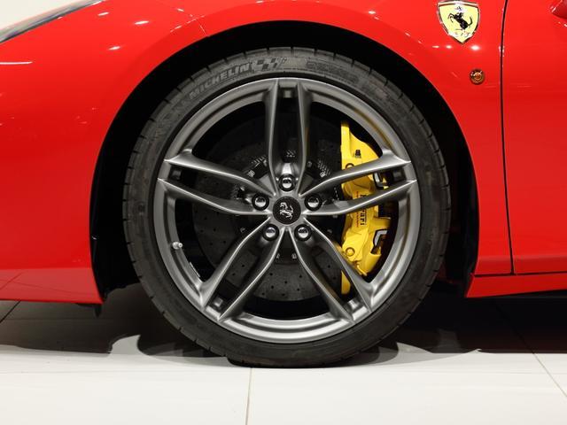 「フェラーリ」「フェラーリ 488スパイダー」「オープンカー」「大阪府」の中古車16