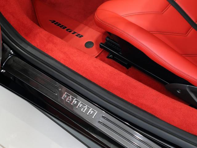 「フェラーリ」「フェラーリ 488GTB」「クーペ」「大阪府」の中古車13