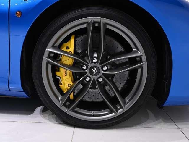 「フェラーリ」「488スパイダー」「オープンカー」「大阪府」の中古車17