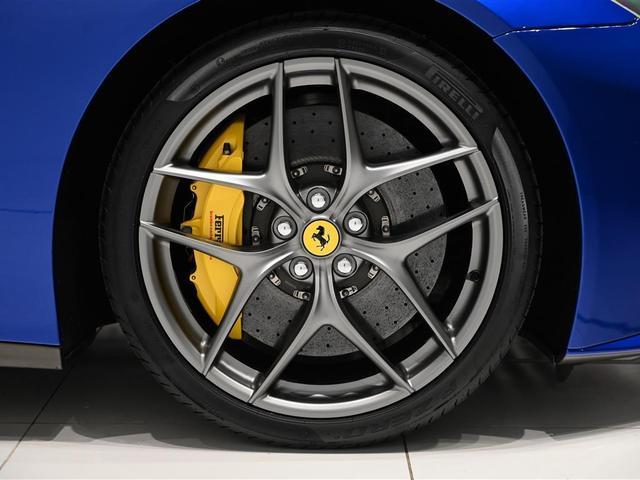 「フェラーリ」「F12ベルリネッタ」「クーペ」「大阪府」の中古車13