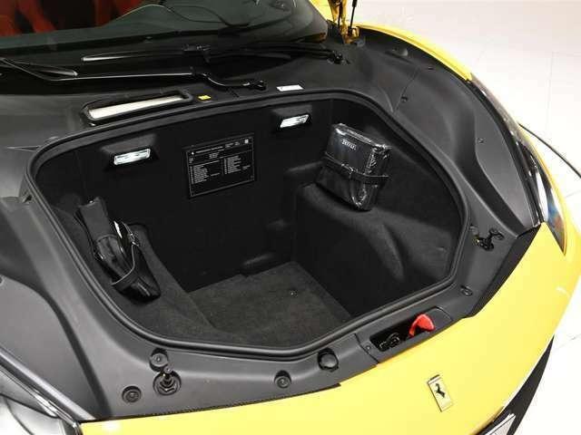 「フェラーリ」「488GTB」「クーペ」「大阪府」の中古車16